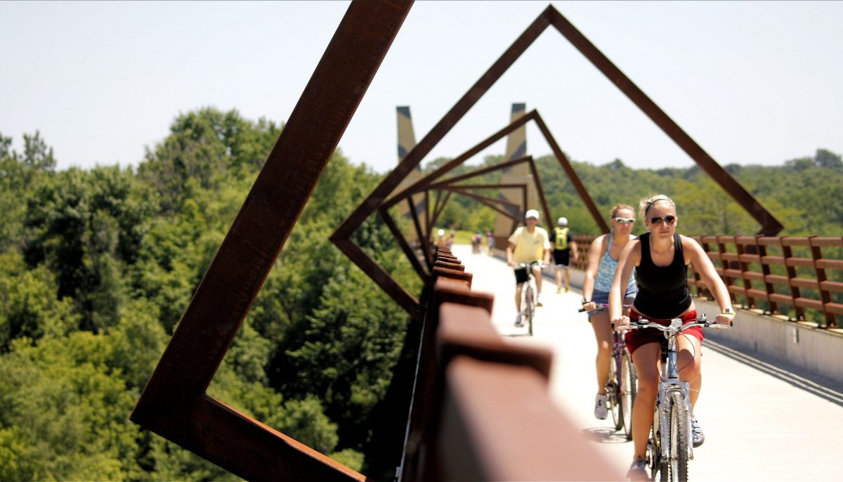 people cycling, High Trestle Trail Bridge, Iowa