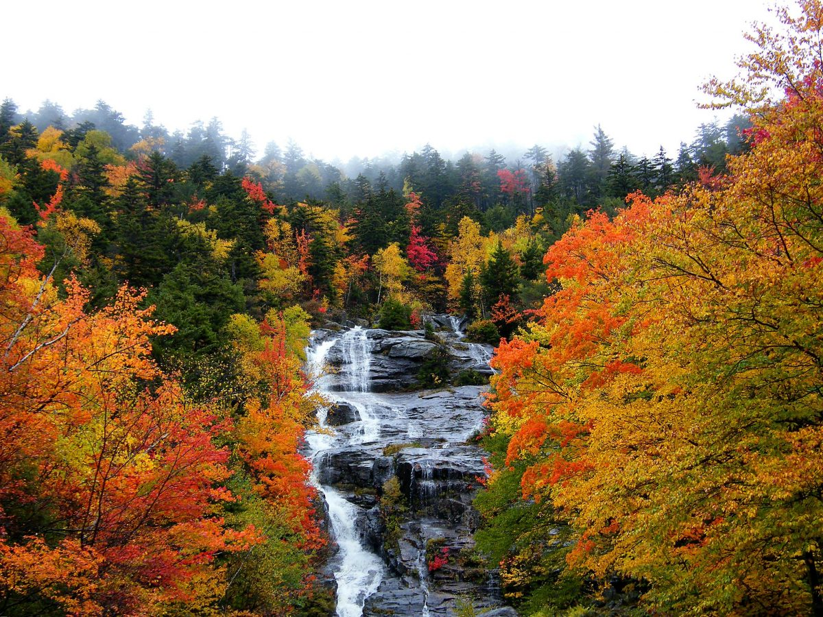 waterfall in autumn, New Hampshire, best states to retire