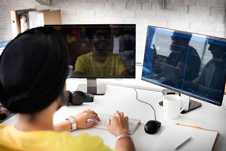 Web Developer build websites