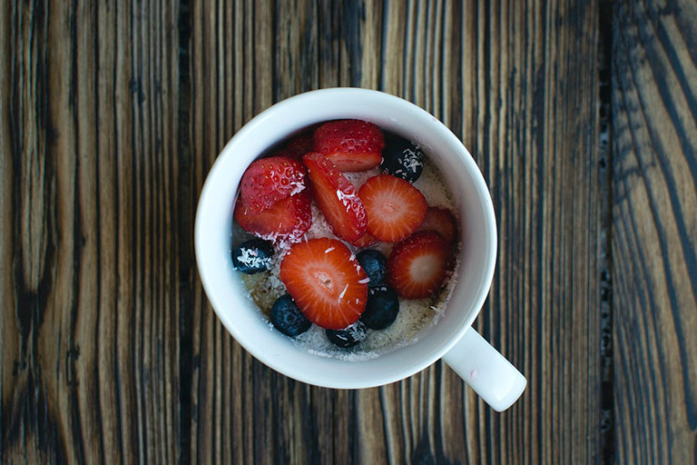 oatmeal berries coconut cup