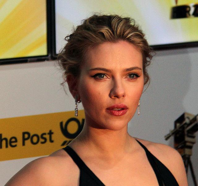 Scarlett Johansson at Goldene Kamera 2012