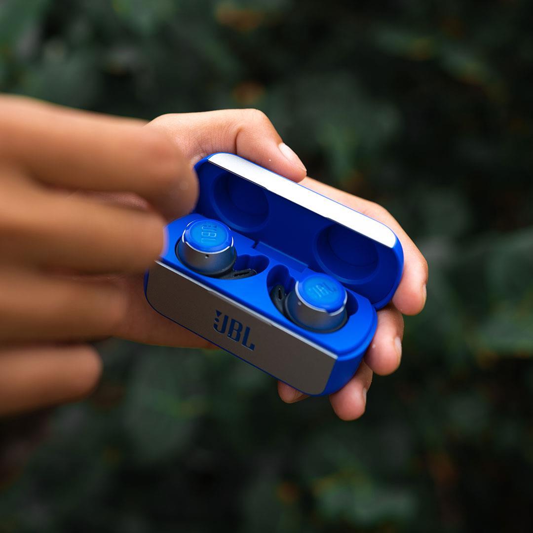 JBL Reflect Flow wireless earbuds