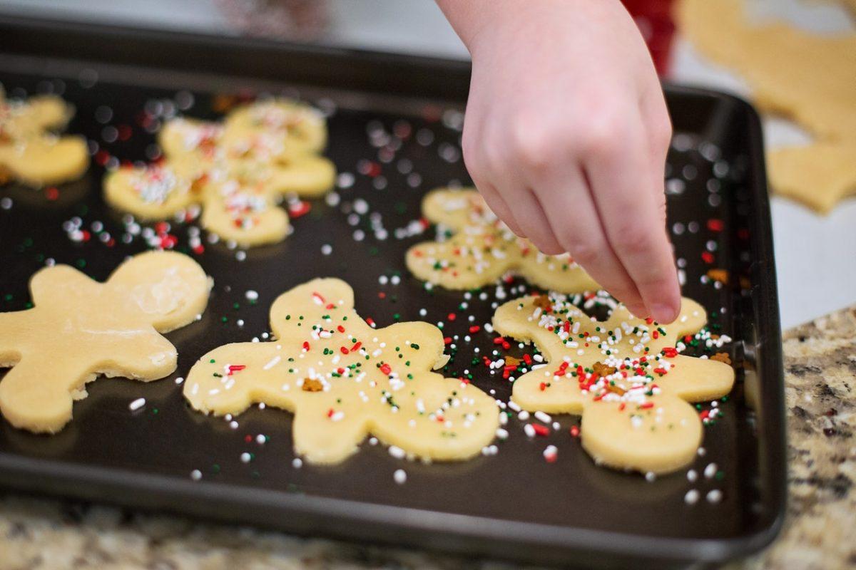 Canada's Cookie-Baking Parties