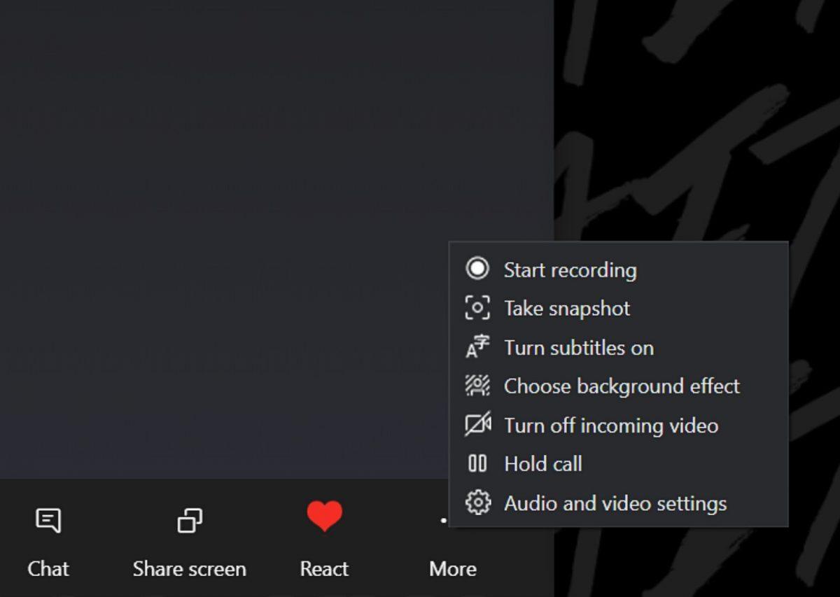 How to share screen on Skype.